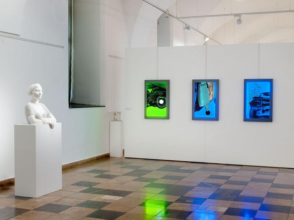 """Neuerwerbungen, """"Pandora"""", Leuchtkästen, Museum Frankfurt / O, 2012"""
